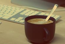 devis-cafe-gratuit-agence-jones-and-co-freelance-communication-marseille